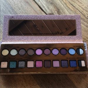 Too faced Then and now eye shadow pallet